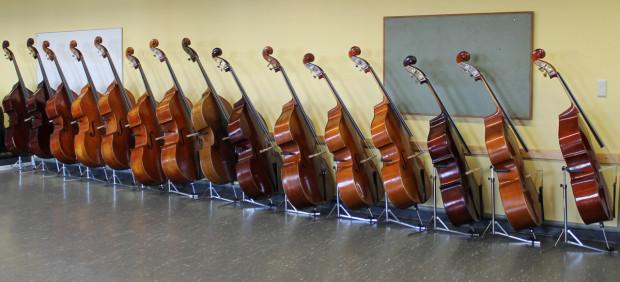 Präsenzkontrabässe der CBG-Orchester