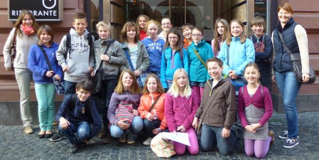 Die 5a/ 5b evangelische Religion mit Frau Amler und Frau Gass